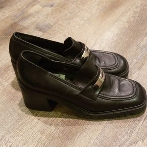 Guess 90s Loafers